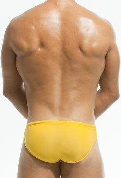 bañadores amarillos hombre